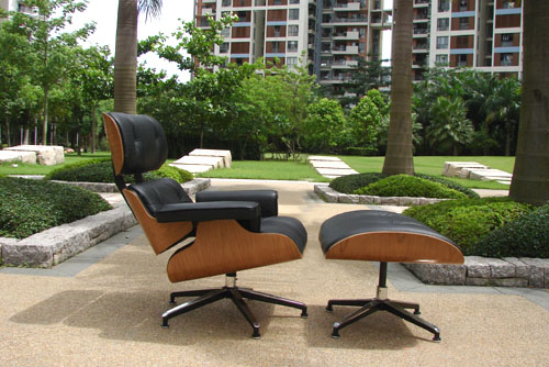 Lounge_Chair_And_Ottoman_As_Designed_By_Charles_Ray_Eames